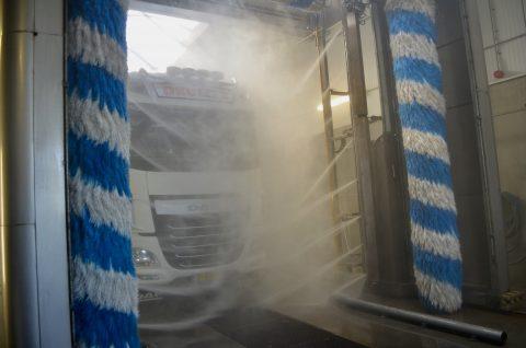 DKC transport, truckwash, schippersstop, veldhoven, Dibo