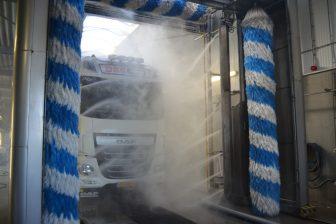 Dibo, truckwash, vrachtwagen